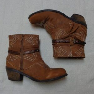 Faded Glory Girls Ankle Boots